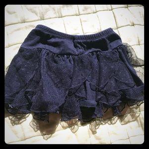 Fabkids S UEC black ruffle and lace skirt.